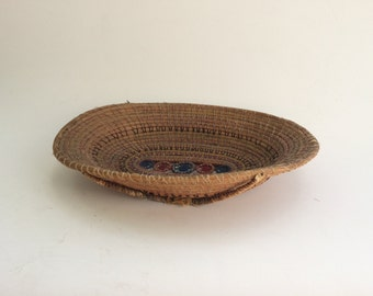 Vintage African American Folk Art Gullah Charleston Basket with Embroidery