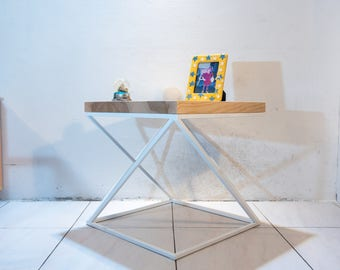 XwSto: Coffee table metal base and ash tree board