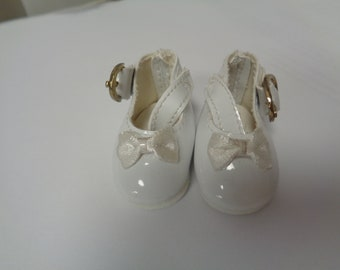 Teeny Tiny White Mary Jane buckle Strap Doll Shoes  Vintage Doll Shoes-Size 8
