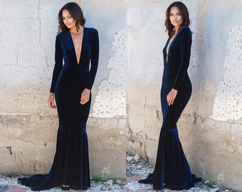 Navy Blue Velvet Plunge Neck Mermaid Gown