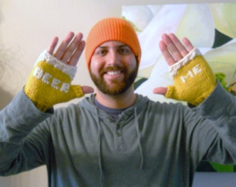 Beer Lovers Fingerless Gloves in Pale Ale or Light Lager Edition, Beer Me Gloves in Gold, Mens Gloves, Beer Gifts for Homebrewers, Fun Gifts