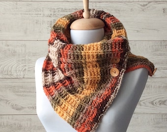 Knit cowl button scarf knit scarf women scarf, gift ideas for her circle scarf, chunky scarf Many Colors FAST DELIVERY