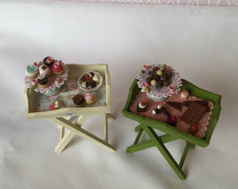 miniature tray with cross legs