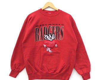 Vintage University Of Wisconsin Badgers Sweatshirt / College Crew / Wisconsin Crewneck / Vintage Collehge Shirt
