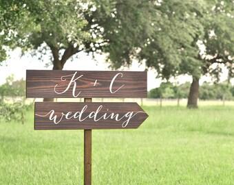 Wedding Arrow Sign, Wedding Signs Wood, Wedding Directional Signs, Wedding Direction Sign, Wood Signs, Name Sign Wedding, Wedding Name Sign