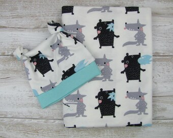 Baby swaddle set. Baby swaddle blanket and beanie. Baby cotton blanket.