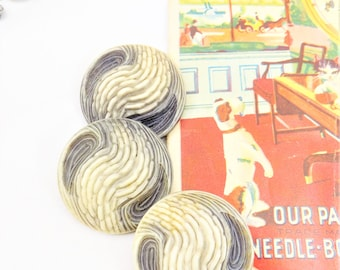 """3 Gray Swirl 1 1/2"""" Large Buttons, Vintage Buttons Artsy Look, Tones of Gray and Off White Swirls, Buttons with Shanks"""