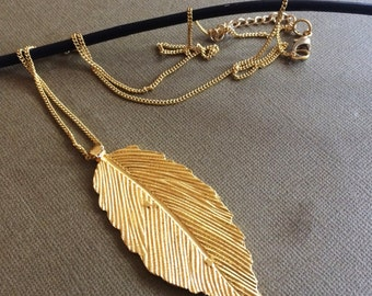 Gold Feather Necklace,Leaf Necklace,Gold Leaf necklace,Pendant necklace,Layering Necklace,Gold jewelry,Gold Leaf charm Necklace by AHAAVI