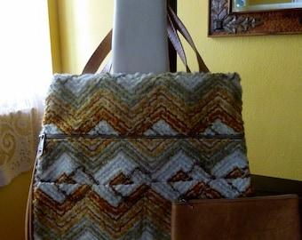 Vintage 1970's Carpet Bag Purse, Vinyl and Chevron Stripe Purse, 70's Fashions, Groovy, Bohemian, Mod