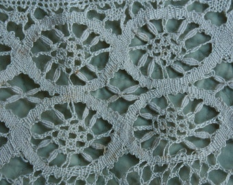 2 yards 3 inch wide Lace Trim Vintage