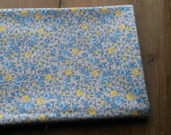 Liberty floral fabric blue and yellow / 50 X 50 cm