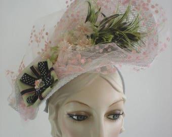 Feather fascinator, pink fascinator, pink derby hat, light pink fascinator, pink hat, light pink ascot hat, pink church hat, ladies tea hat