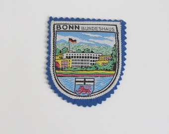 Vintage Bonn Bundeshaus Embroidered Fabric Patch - German Patch Badge - German Bonn Bundeshaus Souvenir Patch