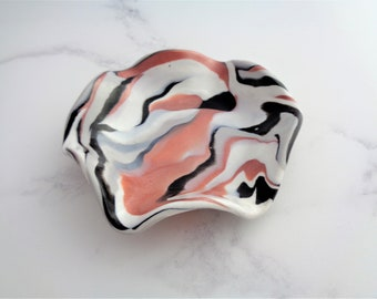 Marble Ring Dish, Trinket Tray, Rose Gold Black Colour, Marble Swirl Mini Dish, Polymer Clay, Key Dish, Plate, Metallic, Shimmer, Simple