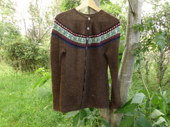 and color buttons jumper to red black wool sweater blue beige Icelandic ship Ready the green open with brown in pattern with 8gwzxqTZ