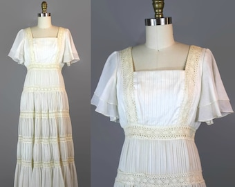 1970s White Crochet Maxi Dress / Small XS 70s Tiered Flutter Sleeve Boho Dress / Cream Hippie Dress