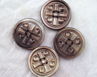 Vintage carved smokey pearl buttons