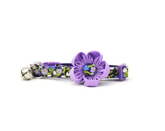 Lavender Purple Cat Flower Collar Iddy Biddy Tiny Flowers Navy Girly Girl Cat Collar with Breakaway Safety Buckle and Bell