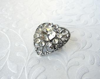 Little Heart Filigree Rhinestone Brooch Vintage Costume Jewelry Gown Dress Hat Lapel Coat Pin Wedding Bridal Formal Pageant Ballroom Prom