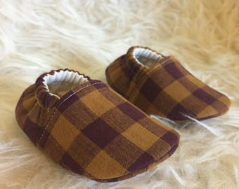 Baby Moccs: Autumn Plaid Pumpkin / Baby Shoes / Baby Moccasins / Childrens Indoor Shoes / Vegan Moccs / Soft Soled Shoes / Montessori Shoes