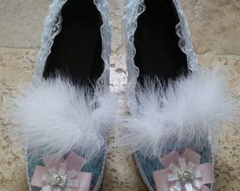 Gorgeous pink and blue pumps. Inspired by Marie Antoinette. Size 6 women's.