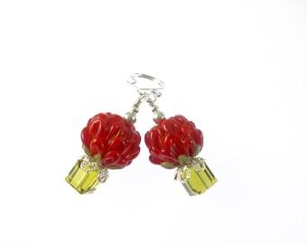 Raspberry Lampwork Earrings, Glass Bead Jewelry, Red Dangle Earrings, Glass Bead Earrings, Beadwork Drop Earrings, Tulip Lampwork Jewelry