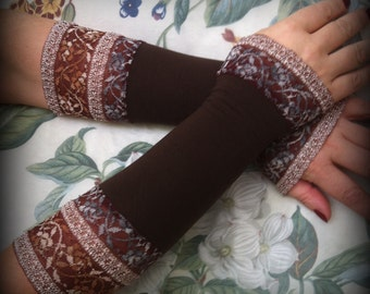 Gorgeous brown   sleeves with lace  Victorian gloves