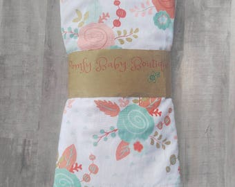 Baby Girl Burp Cloth Set / Baby Burp Cloth / Baby Girl Gift / Burp Cloth Sets/ Burp Cloths / Mint and Coral / Baby girl