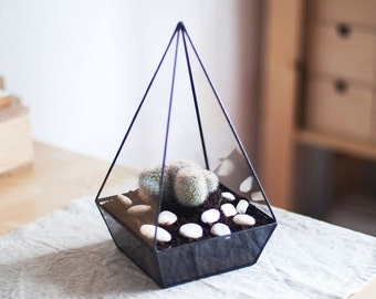 "geometric glass terrarium ""pyramid"" - handmade glass terrarium - planter for indoor gardening"