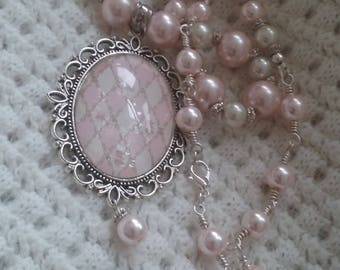 Pink pearl necklace-Oval silver and pink pendant-Sparkle pendant-linked beads