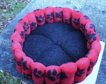 Dog beds, cat beds, red dog bed, small dog bed, red cat bed, washable pet bed, round cat bed, deep dog bed, black pet bed, paw print bed