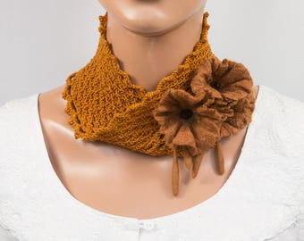 Cowl snood crochet-Infinity loop circle scarf crochet-neckband-felted flowers-