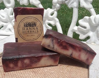 Patchouli, Black Pepper and Lavender Essential Oil Soap - Patchouli Essential Oil Blend - 4 ounce soap -  Madder Root - Alkanet Powder