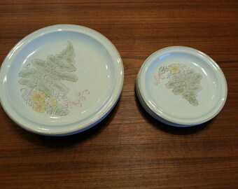 Set of 8 Whitestone everglade plates