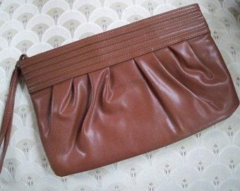 Vintage Purse Bag Brown Women's  Purse / Clutch Handle Detail