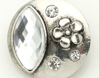 1 PC 18MM White Flower Rhinestone Silver Candy Snap Charm kb8886 CC1586