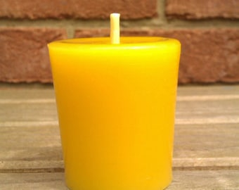 1 100% Pure English Beeswax Votive Candle Unscented 3.5 x 5cm Solid Cast