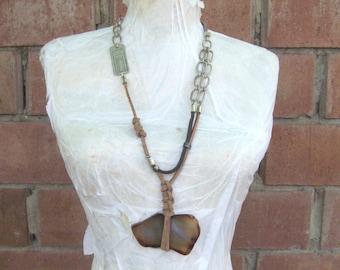 Rough stone necklace pendant/Bold agate necklace rough/bold pendant gemstone