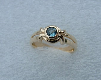 Yellow gold and blue Topaz ring-Blue Topaz ring-topaz ring-gold and topaz ring