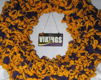 Minnesota Vikings, Purple and Gold, NFL, Wreath, Door Hanger, Wall Hanging, Decoration, Super Bowl Party, Housewarming Gift