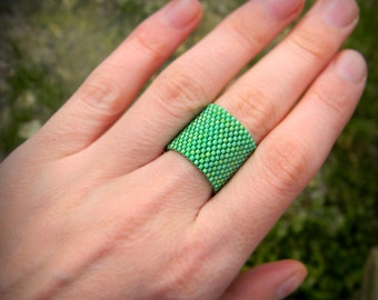 Wide green band ring Wide statement ring Green seed bead ring Simple cuff ring Unique modern ring Unusual minimalist beaded jewelry Beadwork