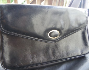 Vintage Pappagallo Black Leather Clutch