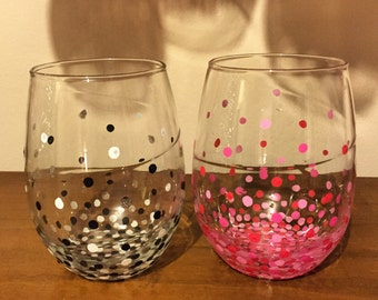 Polka Dot Stemless Wine Glasses