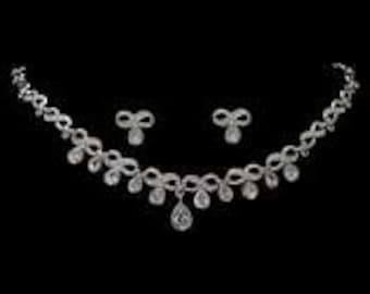 New Vintage Rhinestone Ribbon Loop Necklace and Earring Set Bridal Wedding