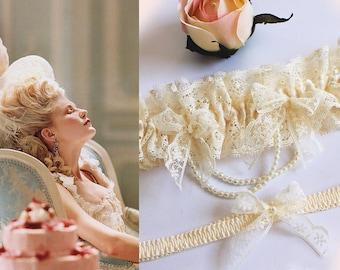 Pearl Garter, Wedding Lace Garter, Bride Garter Set, Ivory Wedding Garter, Marie Antoinette, Toss Garter, Bow Garter, Bridal Shower Gift