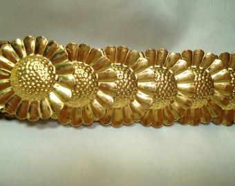 Vintage Golden Embossed Sunflower Like Linked Stretchy Metal Belt.