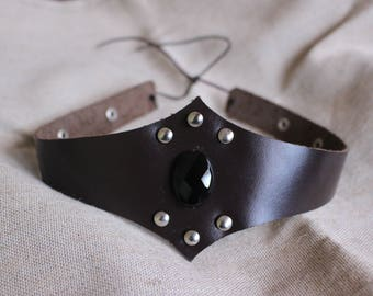 Leather Crown with Onyx Stone