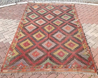 "Kilim rug, Embroidered Kilim rug, 118"" x 73"", area rug, kilim, kelim rug, vintage rug, boho rug, soft color rug, rustic living room decor447"