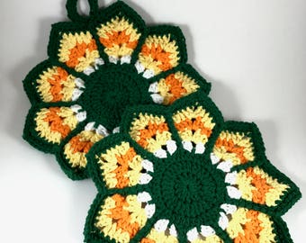 Ripple Hot Pad and Dishcloth Set