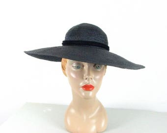 1940s Stetson Navy Straw Hat with Velvet Bow ........  size Small / 22